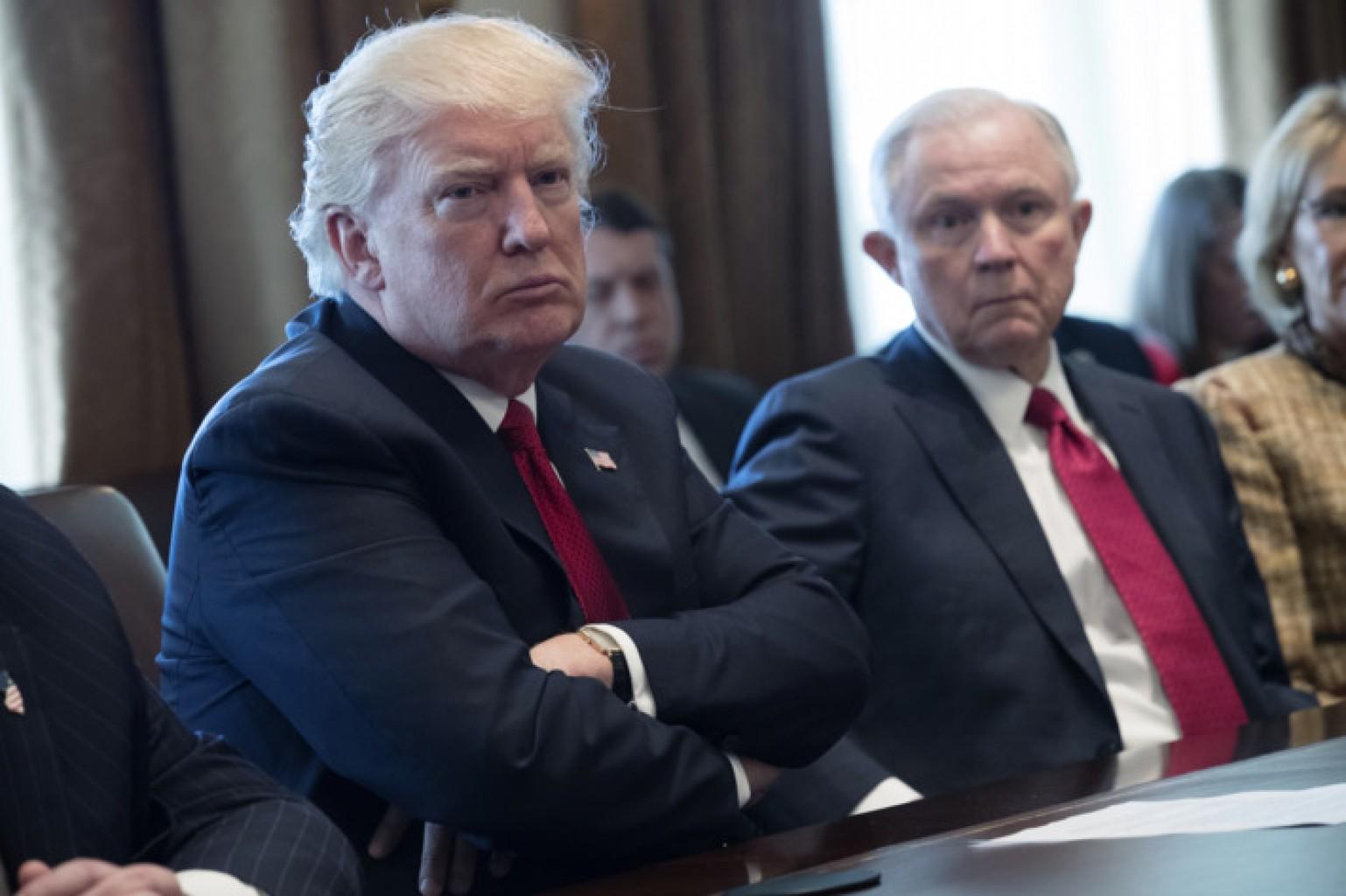 """Trump:  no habrá protección para """"dreamers"""" si no hay muro"""