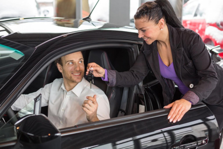 Porqué a las Mujeres no les atrae Vender Automóviles?