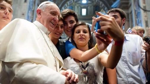 Los jóvenes le dan al Papa Francisco su opinión sobre la Iglesia