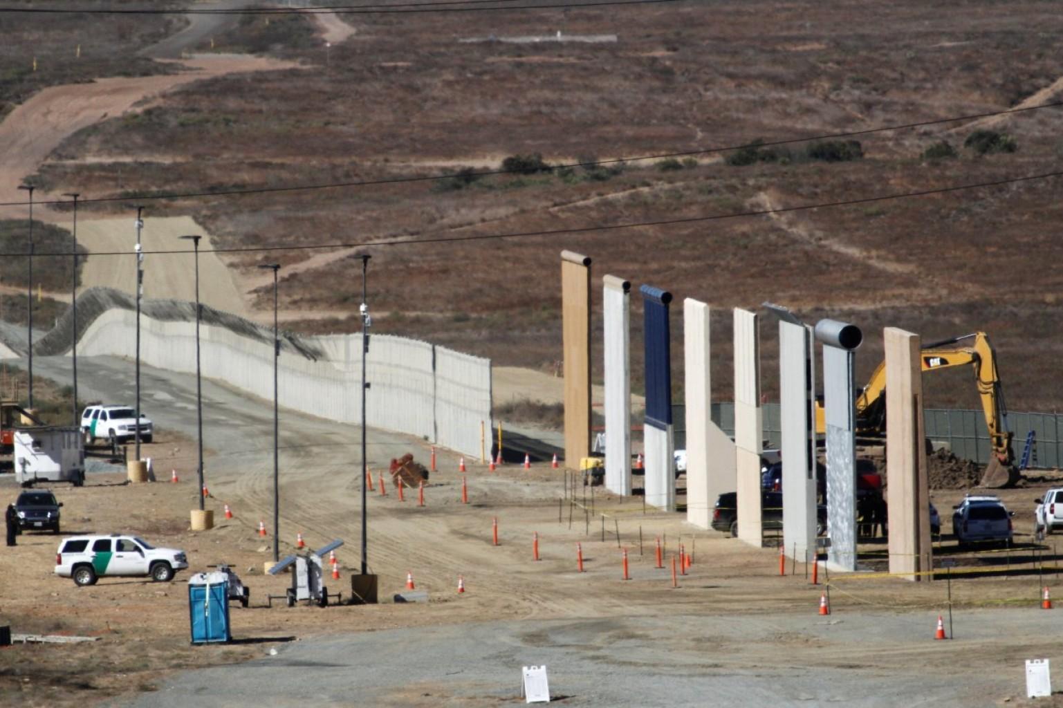Preguntas sobre la investigación de la empresa de muro fronterizo