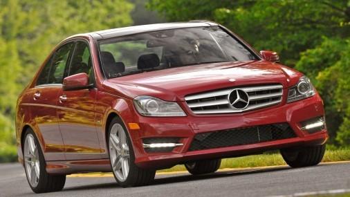 Cuáles son los vehículos con más retiros y revisiones problemáticos