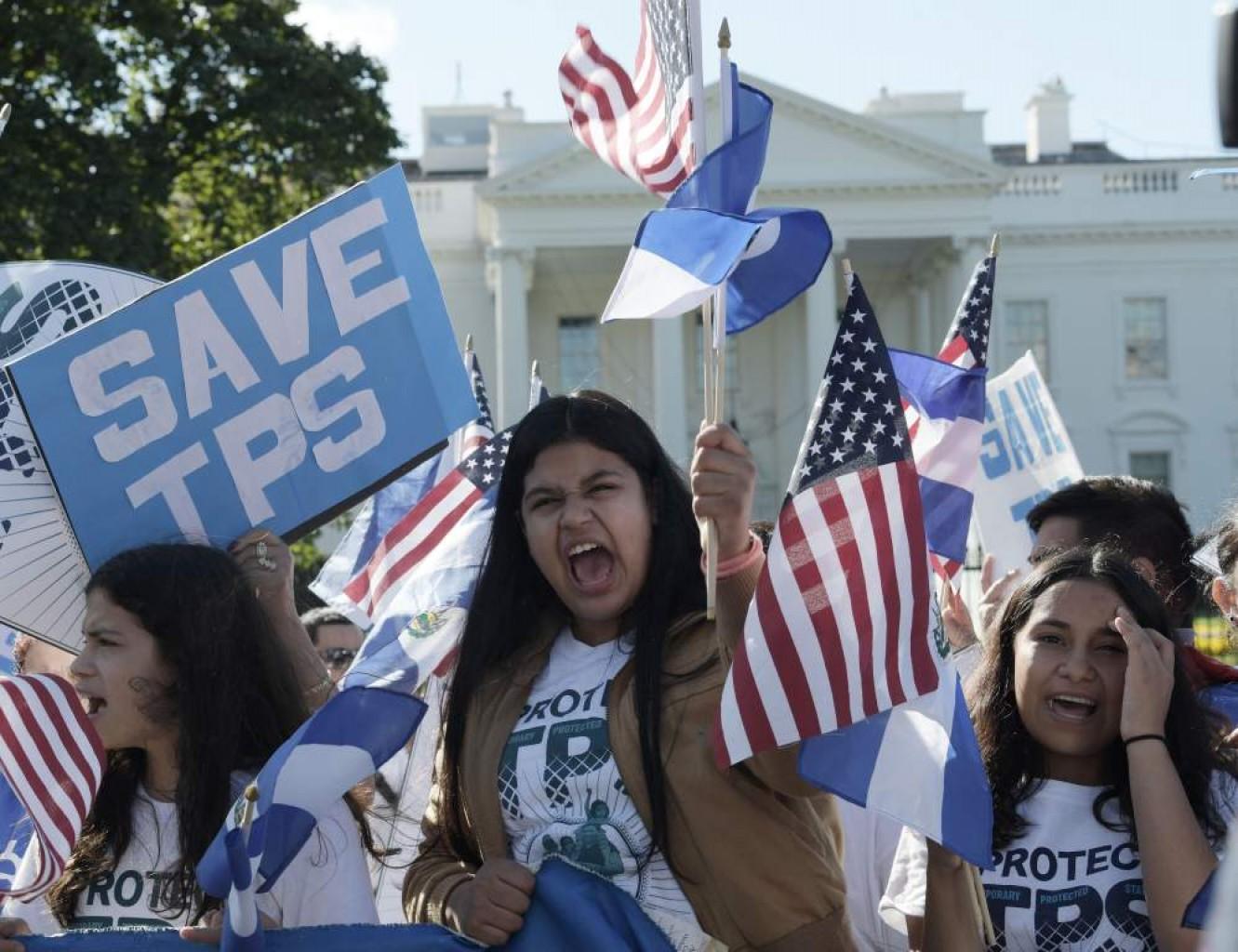 Guatemala pide a Estados Unidos no cancelar TPS