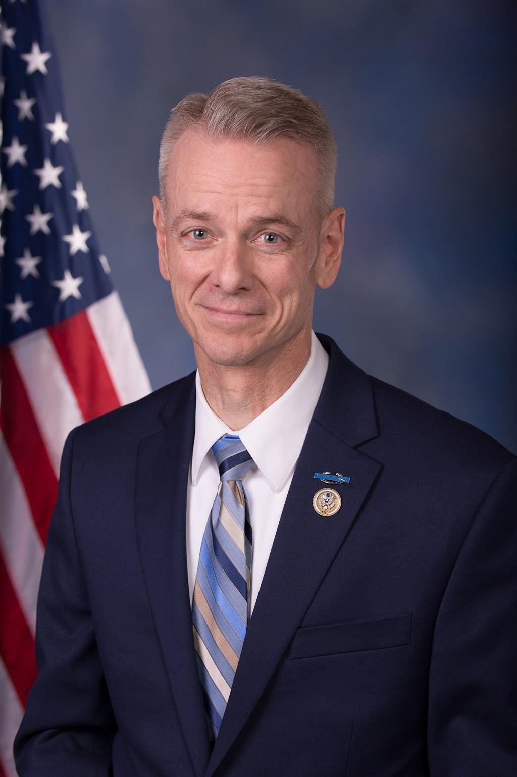 Poderoso Discurso de Congresista Steve Russell sobre Inmigración