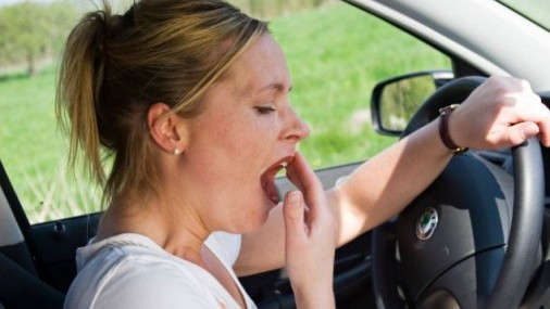 Porque la conducción soñolienta es una de  las mas peligrosas de los conductores