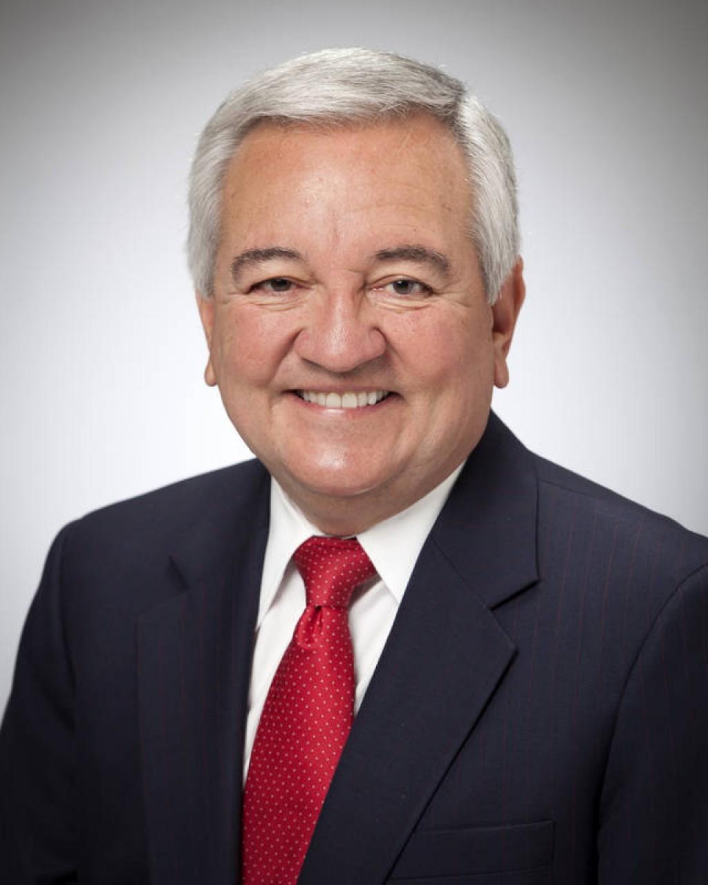 Secretario de estado Dave López renuncia al gabinete de Fallin