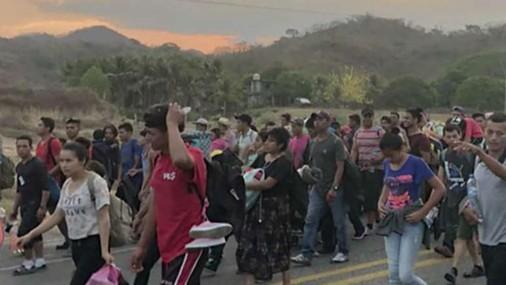 Grupo que acompaña a caravanas migrantes atrae mayor critica