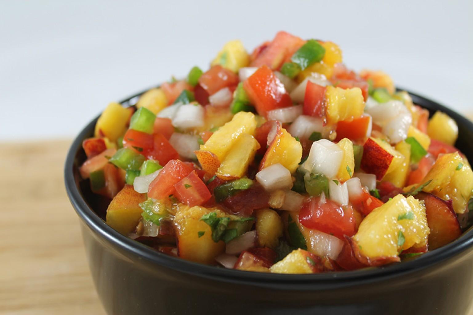 Salsa veraniega de duraznos