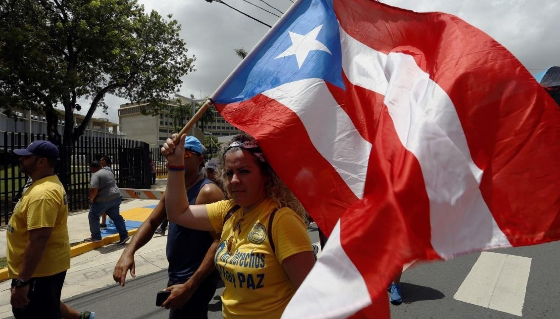Problemas con visas temporales benefician a Puertorriqueños