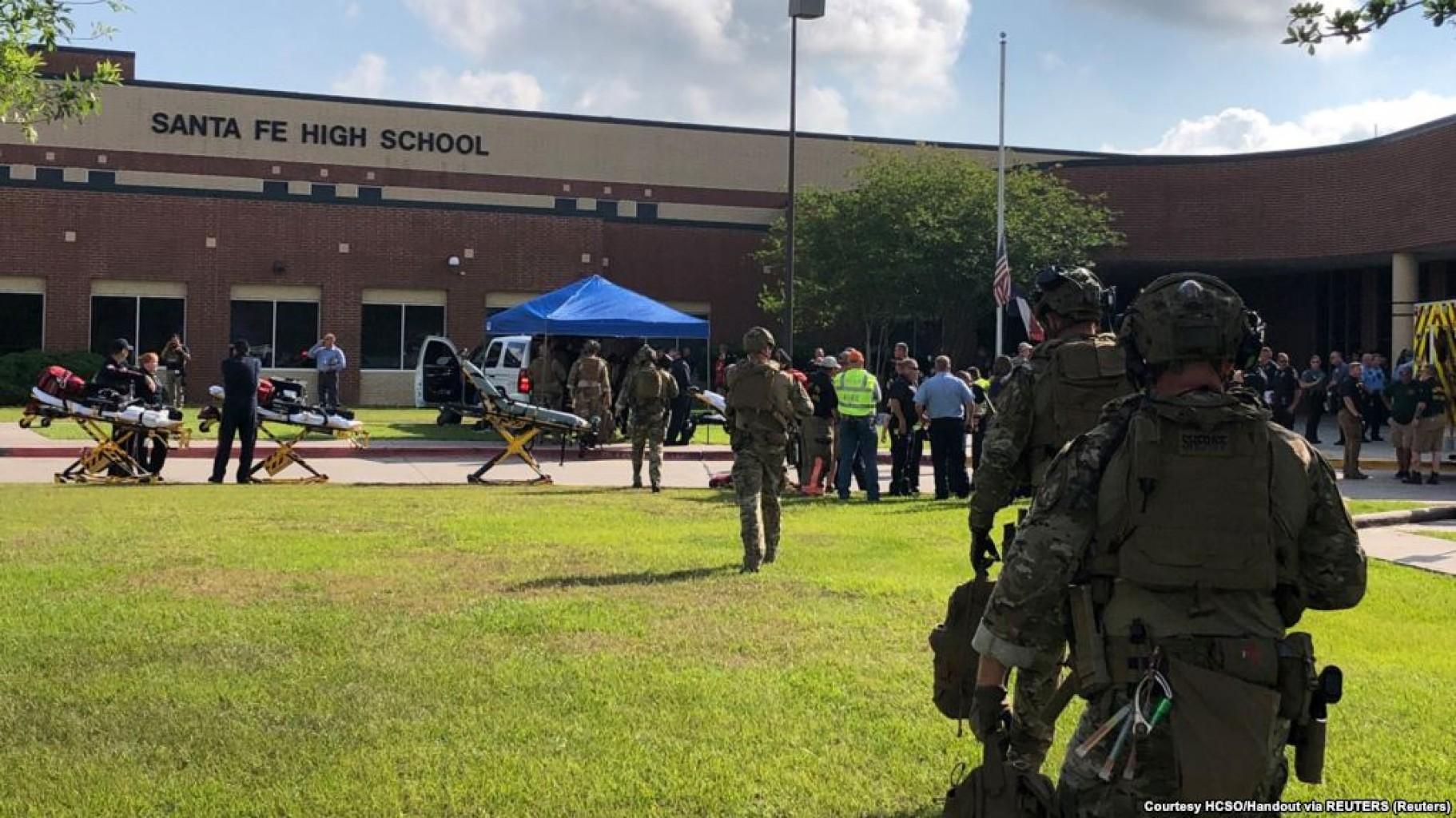Gobernador de Texas revela plan para  reducir violencia de arma en las escuelas