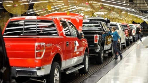 Un Proyecto de Ley haría que los Compradores de Autos fabricados en USA tengan un Crédito de 3500 dólares