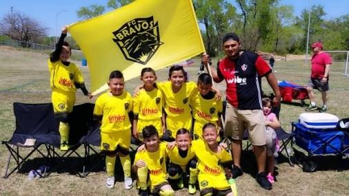Bravos FC Practicando y Reclutando