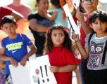 Padres deportados de EEUU pueden perder custodia de hijos