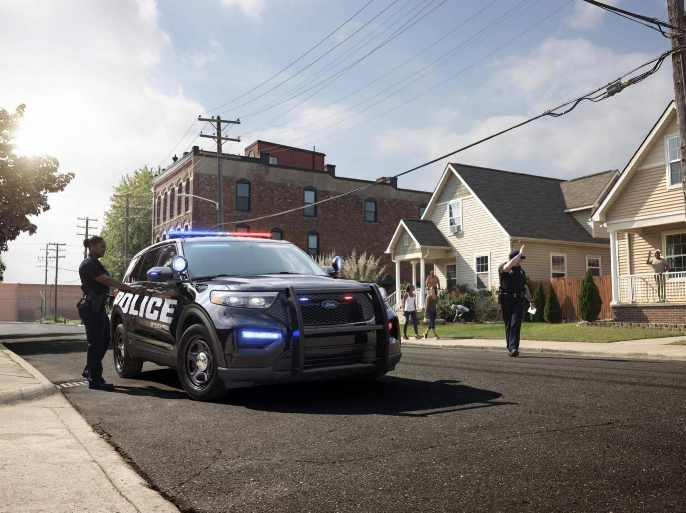 """""""Police Interceptor""""  de Ford es el vehículo ideal para alcanzar a los malhechores"""