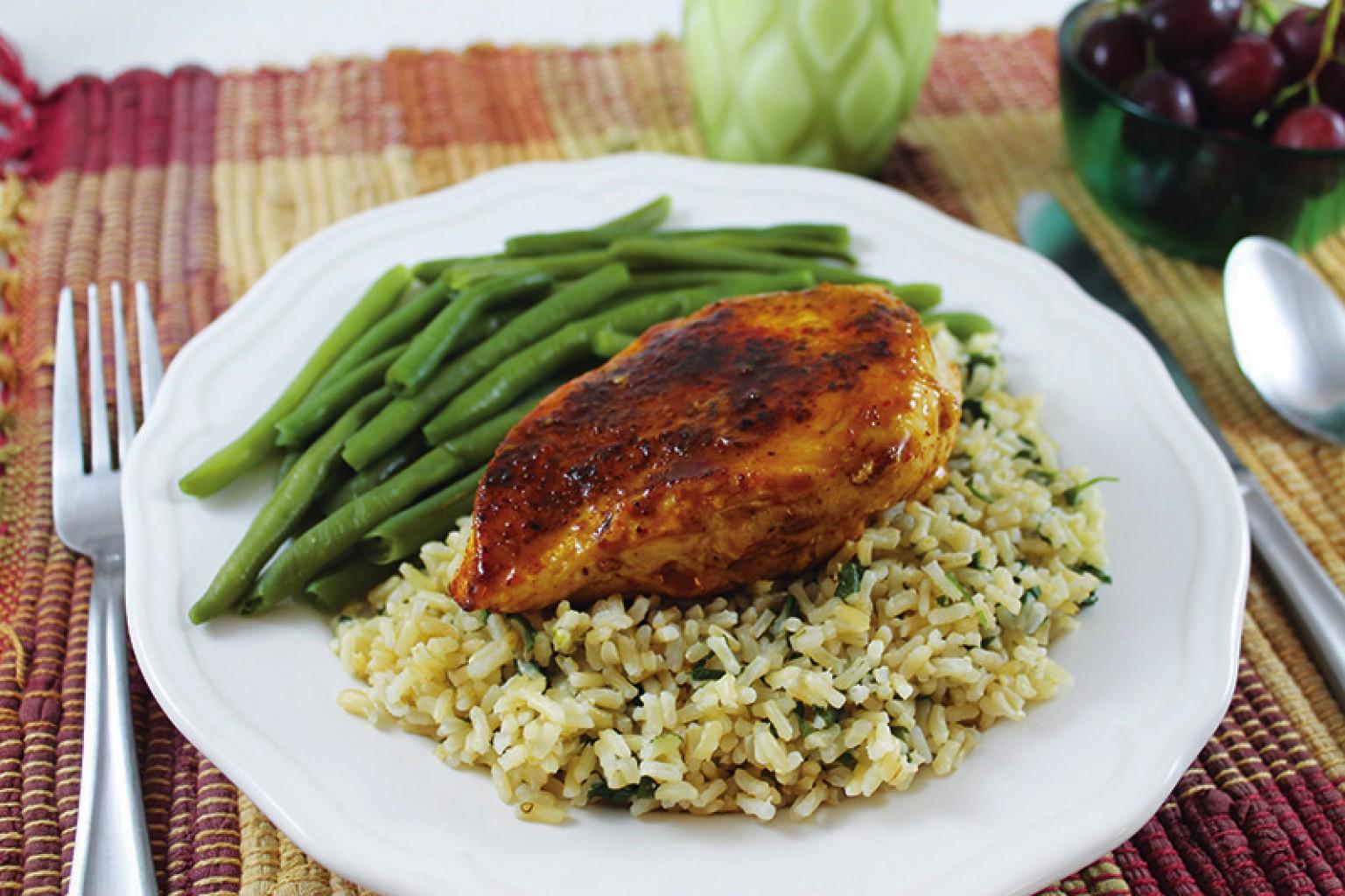Pollo en salsa de chipotle  con arroz