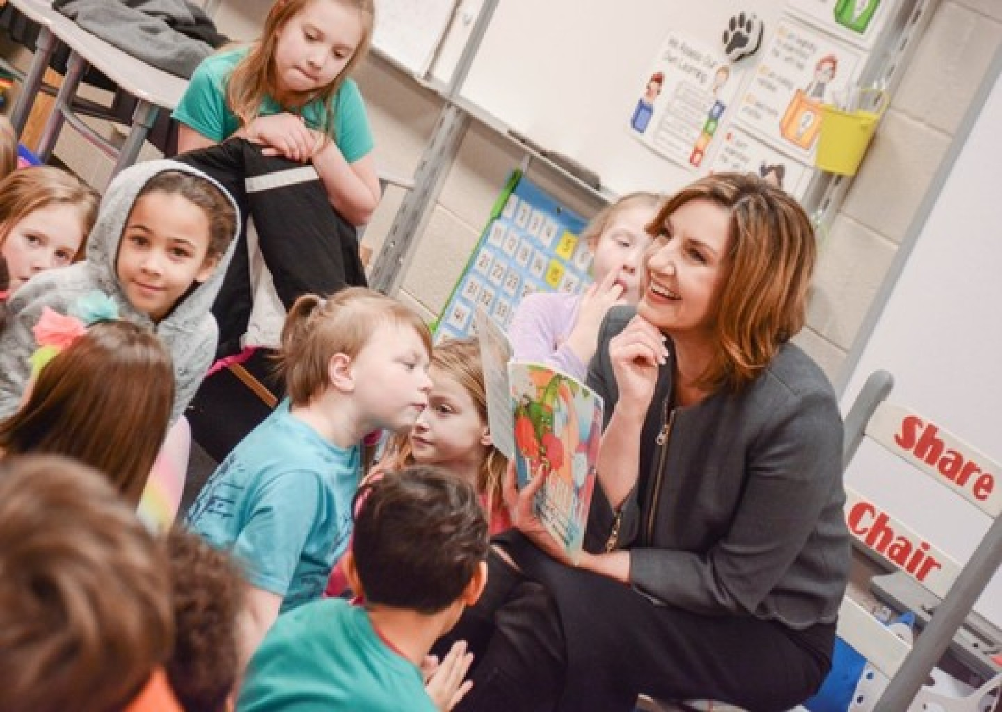 Hofmeister applauds signing of  SB 601 strengthening early reading