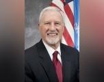 Ed Lake anuncia su salida de la Agencia después que gobernador nombrara nuevo director del DHS