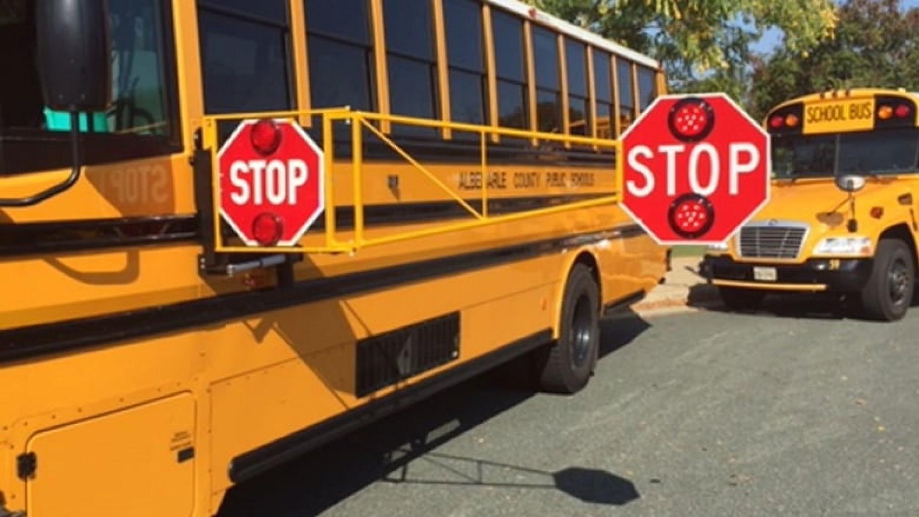 La nueva ley permite el uso de cámaras de autobuses escolares