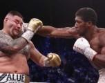 Joshua vence a Ruiz, reclama títulos de peso completo