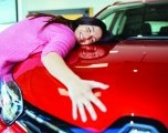 Porque los fabricantes de automóviles temen que lo que construyen no se venda