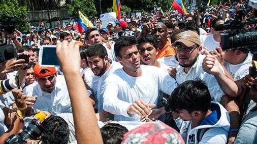 Insisten al Presidente Trump que Otorgue TPS a Venezolanos