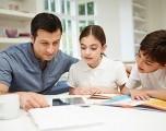 Los padres indocumentados enseñan a los niños latinos a ser MÁS cautelosos