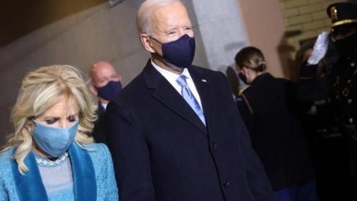 Jill Biden da bienvenida a latinos a Casa Blanca y asegura
