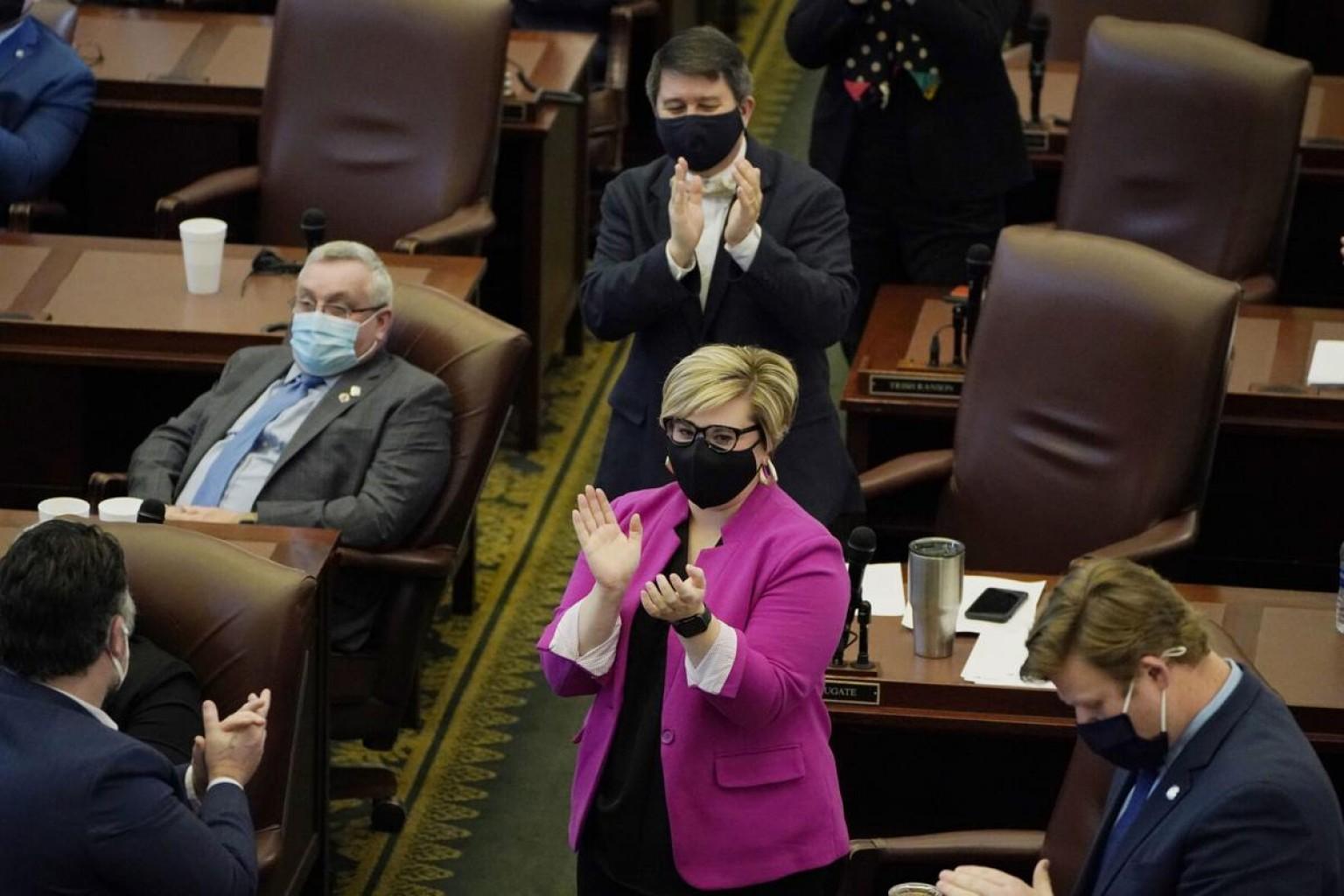 """Propuesta de Ley 2192 """"Mandato de Máscaras a nivel Estatal"""""""