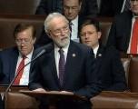 Líderes republicanos exigen la renuncia de Newhouse por votación de juicio politico