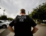 Hombre sale de iglesia después de años en el santuario de la deportación