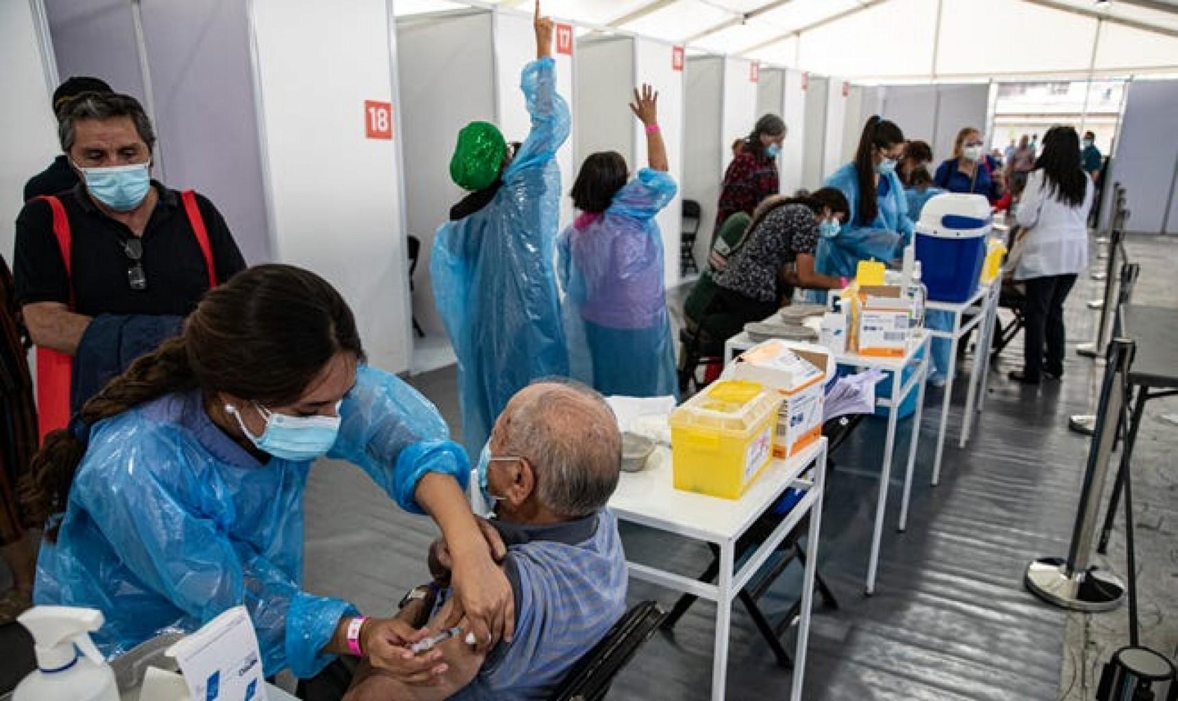 Chile campeón latinoamericano de vacunación contra COVID-19