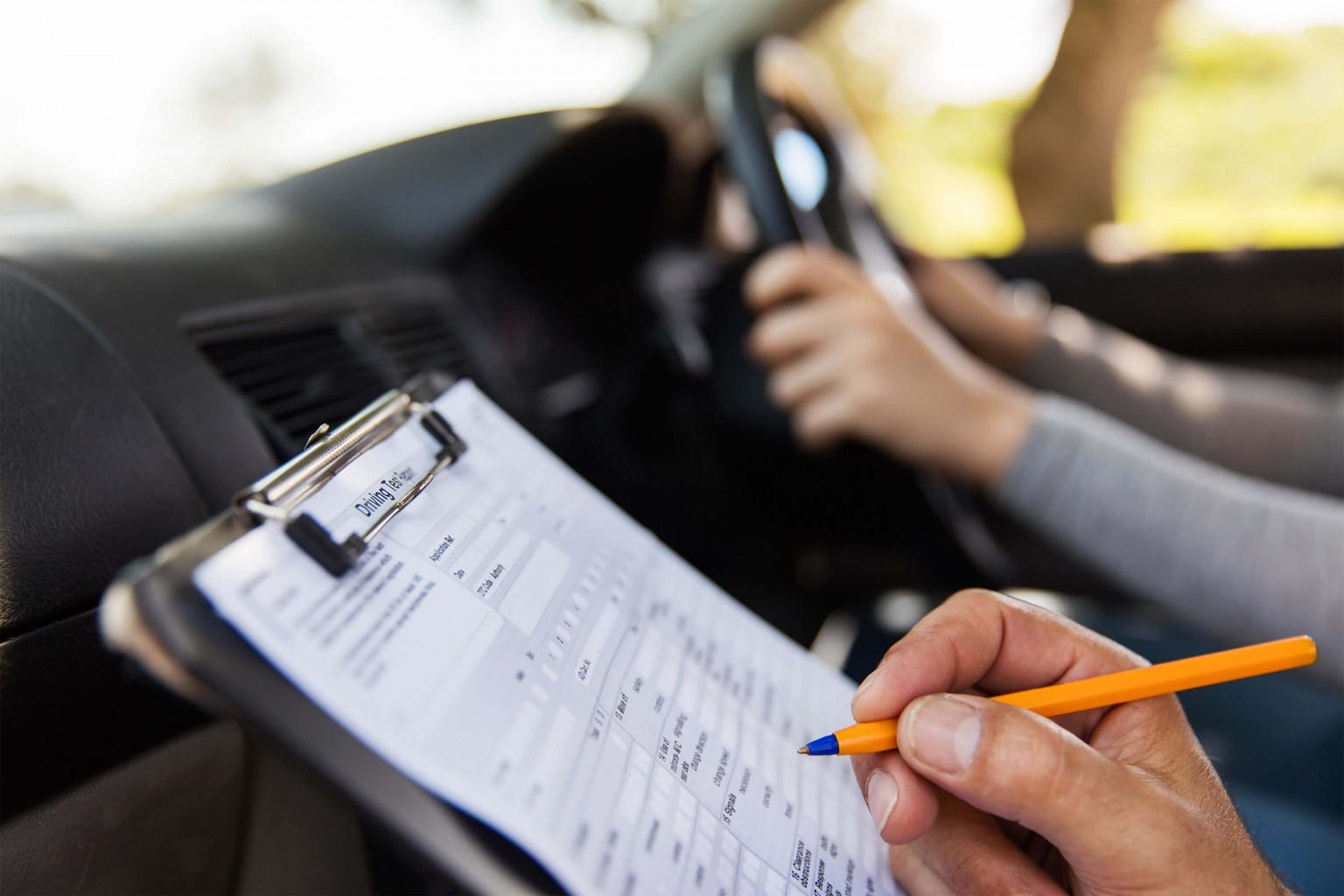 Examen escrito de licencia de conducir ofrecido en Metro Tech