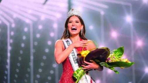 """Lopez Obrador felicita a la Miss Universo Mexicana  """"Es la más guapa"""""""