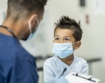 Esta su Hijo al día con las Vacunas?